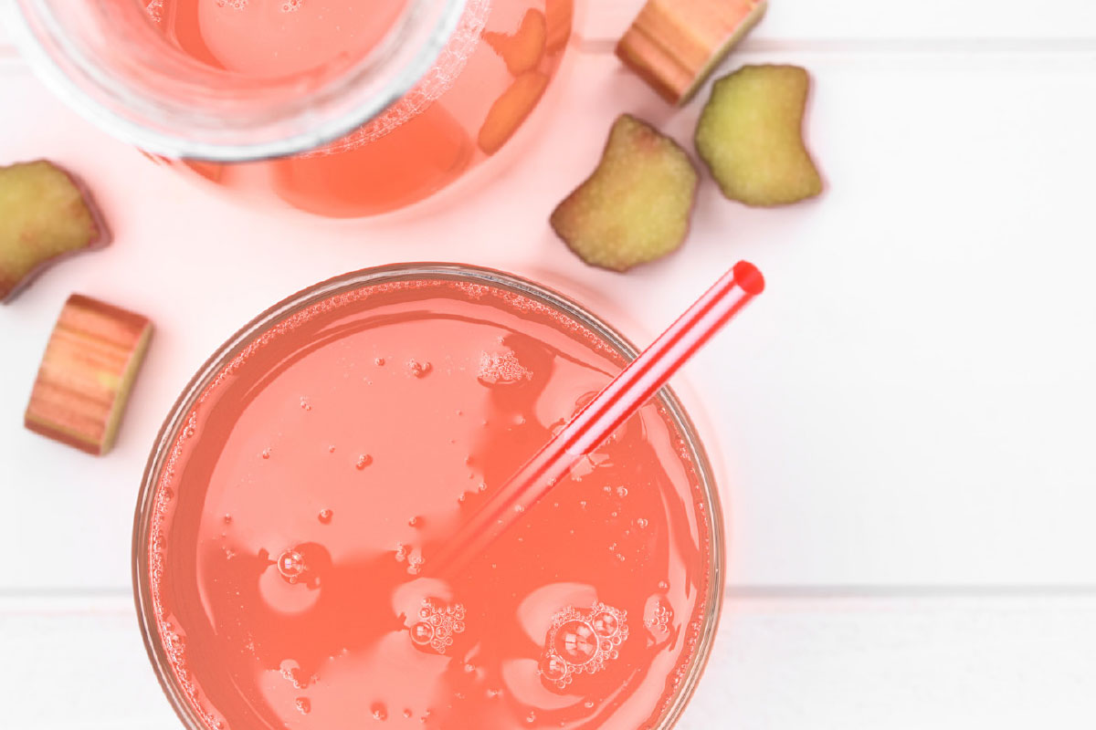 recept sappen homemade rabarbersap met limoen | DGA Groene Bedrijfscatering