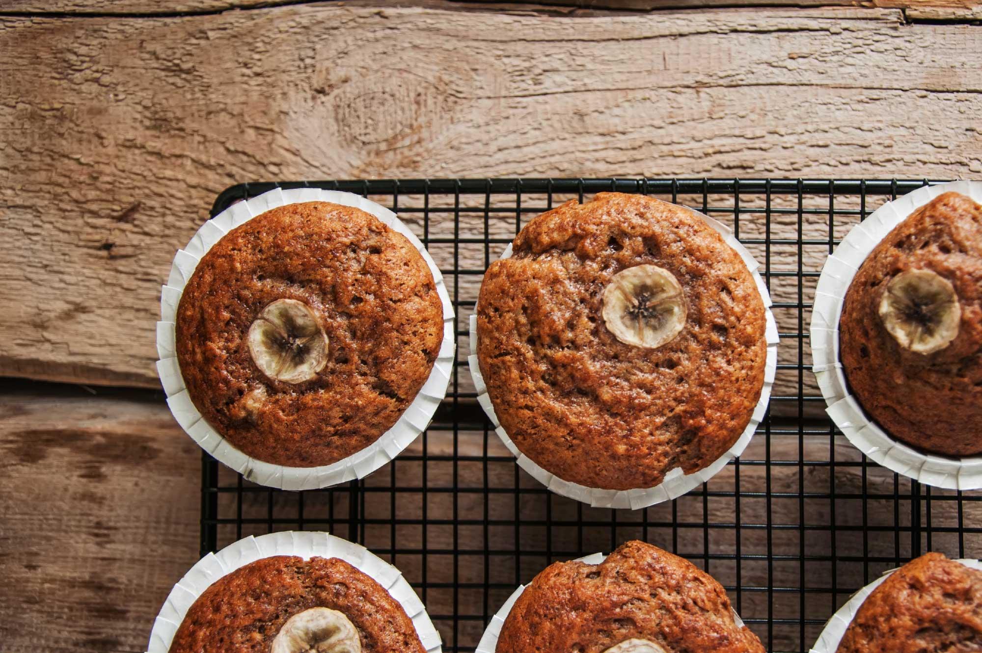 Recept bananenmuffins honing kaneel| Bedrijfscatering | De Groene Artisanen
