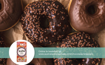Homemade donuts met chocolade topping