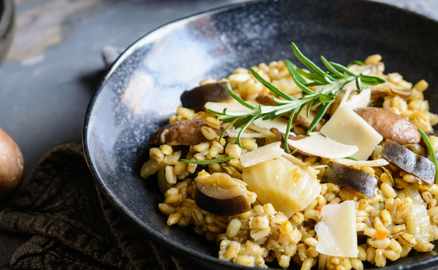 Risotto met paddenstoelen, venkel en Parmezaan