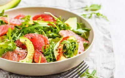 Rucola met grapefruit en avocado